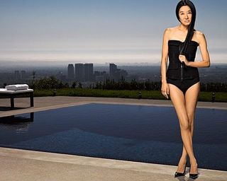 Vera_wang_swimsuit